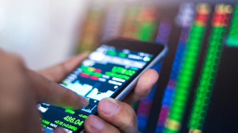 Tips for Online Mobile Stock Trading