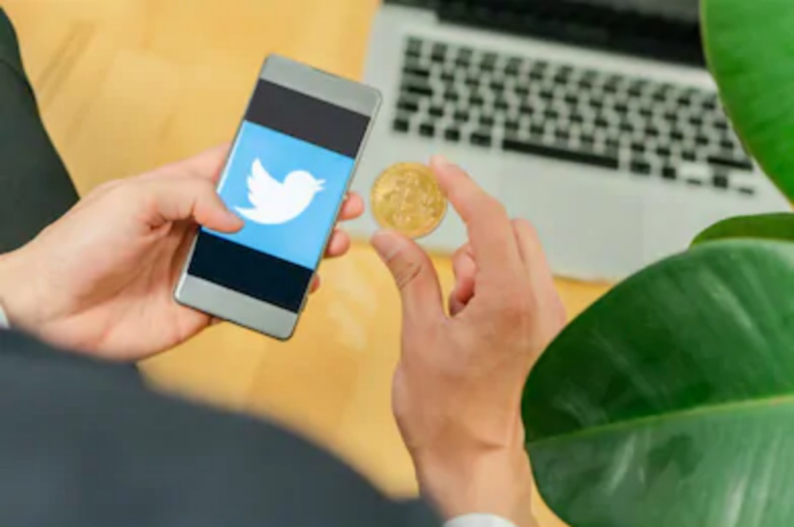 Twitter User Bashes Bitcoin Mining
