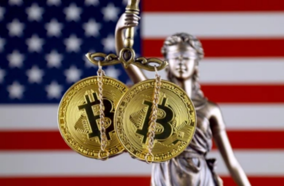Former US SEC Chairman Jay Clinton Says Bitcoin Will Soon be Regulated